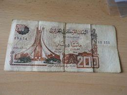 Bank De Algerien 200 Dinars 1983 Gebr - Algerien