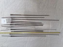 Lot De 12 Lames De Fleuret - Knives/Swords