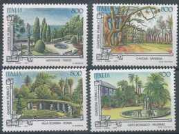 D - [104434]**//-Italie 1997, Arbres Dans Les Jardins Publics - Alberi