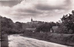 35 - Ille Et Vilaine -  BECHEREL - Vue Generale Prise Route De Rennes - Bécherel