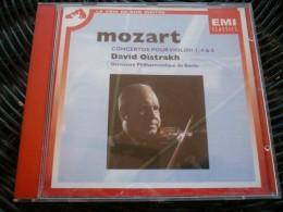 Mozart: Concertos Pour Violon 1, 4 & 5-Oïstrakh/ CD EMI Classics 4-78975-2 - Classique