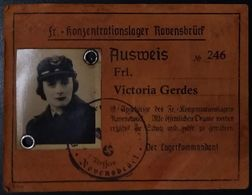 AUSWEIS ID CARD FROM WOMEN'S CONCENTRATION CAMP Konzentrationslager RAVENSBRUCK - Historical Documents