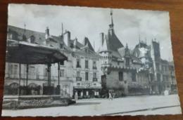 49   -   SAUMUR PLACE DE LA REPUBLIQUE  @   VUE RECTO/VERSO AVEC BORDS - Saumur