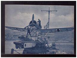 DT- Reich (008944) Propagandakarte Bordflugzeug Arado Ar 196 Auf Einem Deutschen Kriegsschiff In Den, Ungebraucht - Germany