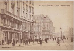 SAINT-ETIENNE - AVENUE PRESIDENT FAURE - SUPERBE ANIMATION AVEC TRAMWAY - 1918 - Saint Etienne