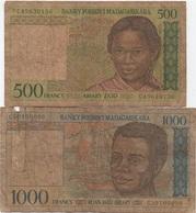 Madagascar : Lot De 2 Billets 500-1000 Ariary (très Très Mauvais état)) - Madagascar