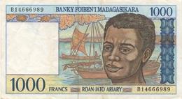 Madagascar : 1000 Ariary (bon état) - Madagascar