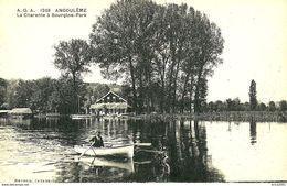 Angouleme. Promenade En Barque à Bourgine Park. - Angouleme
