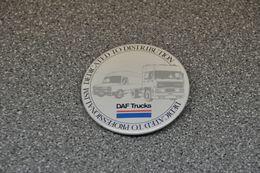 DAF Trucks Eindhoven DAF Button Daf 400 En 3600 - Camion
