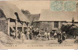 La Vie Aux Champs  LE BATTAGE DU BLÉ DANS UNE FERME BRETONNE ( Parfois Légendée Environs De St Malo ) - France
