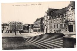 CPA 14 - LISIEUX (Calvados) - 37. Place Thiers - L'Hôtel Des Postes - Lisieux