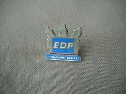 1844  Pin's Pins      EDF  TOULOUSE Centre - EDF GDF