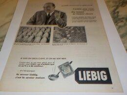 ANCIENNE PUBLICITE CHEF DES ACHAT CHEZ   LIEBIG 1954 - Affiches