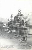 Cuirassé Jauréguiberry En Achévement Aux Forges Et Chantiers De La Méditérranée à La Seyne - Warships