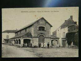 MAREUIL SUR LAY                PLACE DU MARCHE     LES HALLES - Mareuil Sur Lay Dissais