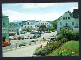 Pas Courant - Norvège - Norheimsund, Hardanger ( Foto Normann . 0-51-112 ) Nombreuses Voitures Et Bus - Norwegen