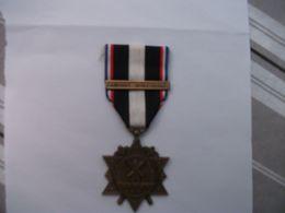 Medaille Des Combats De L'aisne 14-18 - 1914-18