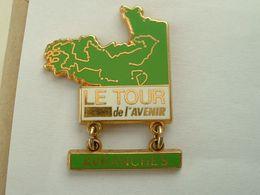 PIN'S VELO - CYCLISME - LE TOUR DE L'AVENIR - AVRANCHES - Ciclismo