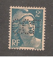 Perforé/perfin/lochung France No 713/713A  C.C.F Crédit Commercial De France (64) - Perfins