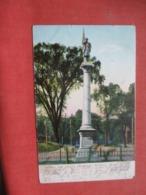 Soldiers & Sailors Monument   Danbury  Connecticut >     Ref 4243 - Etats-Unis