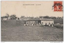 L4- 78) LES ESSARTS LE ROI (YVELINES) LE LAVOIR - (ANIMÉE) - Les Essarts Le Roi