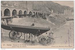 PA15-38) VIENNE (ISERE) MANOEUVRES DE PONTAGE SUR LE RHÔNE , MISE A L'EAU DES BATEAUX - (ANIMEE - MILITAIRES - 2 SCANS) - Vienne