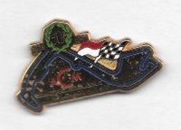 Superbe  Pin's  Doré  Ville, Sport  Automobile  F 1, A C M, 50 è GRAND PRIX DE MONACO 1929 - 1992  Signé  DRAGO - F1