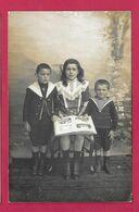 CARTE PHOTO 14 X 9 Des Années 1930...Jeune FILLE, Jeunes GARCONS..Fonds Photographique BOURGAULT à FLERS (61 Orne) - Anonymous Persons