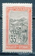 MAD - Yt. N° 103  * 35c    Cote  2,5  Euro  BE   2 Scans - Nuovi