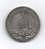 Médaille - Voile -Yachting - (1725-1925 ) Royal.Thames Yacht. Club - Argent  Poids 34 Grs,-  Diam 40 M.m- Très Bon état - Royaume-Uni