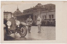 Militaria : Carte Photo. : Maréchal LYAUTEY : Lors D'un Défilé : ( Belle Animation ) - Guerra 1914-18
