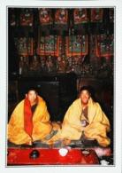 Bhoutan  Moines Dans Le Monastère De Xialu  Années   80s - Bhutan