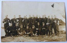 Carte Photo Plusieurs Soldats Au Camp De Bois L'Evêque Photographe Emile Nicolle Chaligny - Guerre, Militaire