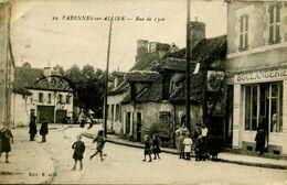 Rue De Lyon à Varennes Sur Allier - Autres Communes