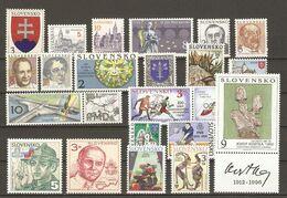 Slovaquie  1993/9 - Petit Lot De 44 MNH - 6 Séries Complètes - Lots & Kiloware (mixtures) - Max. 999 Stamps