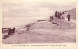 LA FAUTE SUR MER LA DIGUE APRES LA TEMPETE DU 2 AU 8 NOVEMBRE 1930 - Autres Communes