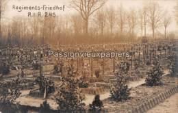 CARTE PHOTO ALLEMANDE MOORSLEDE 1915 ? CIMETIERE FRIEDHOF RESERVE INFANTERIE REGIMENT 245 (RESERVE FELD LAZARETT 91 ?) - Moorslede