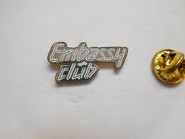Beau Pin's , Embassy Club , Discothèque - Pins