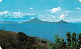 1 AK Icaragua * Die Vulkane Momotombo Und Momotombito Am Managuasee * - Nicaragua
