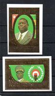 H1-17 République Togolaise Poste Aérienne Timbre En Or N° 404 + 405 ** - Togo (1960-...)