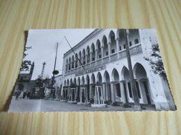CPSM Laghouat (Algérie).Hôtel Saharien Et La Mosquée. - Laghouat