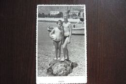 2 Boys, Nude,  Swimming Trunks, Beach, - Personnes Anonymes
