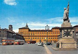 """010868 """"TO - P.ZZA CASTELLO-MONUMENTO ALL'ESERCITO SARDO DONATO DAI MILANESI 1859"""" ANIMATA, AUTO, SACAT.  CART NON SPED - Palazzo Reale"""