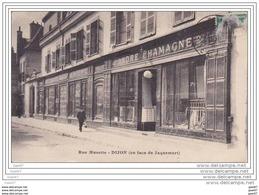 """Cpa  Ref - Z0.861  (  Dép 21  )      à  DIJON     """"""""""""""""   Magasin  Rue Musette   """"""""""""""""""""""""""""""""  En Face De Jaquemart """""""""""" - Dijon"""