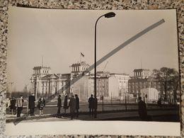 Photo Vintage V. Gailis. Original. Berlin. Restauration Du Reichstag. RDA 1967. Allemagne - Luoghi