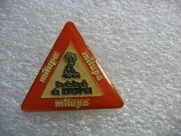 Pin's Autocollant MILUPA, Bébé à Bord - Pins