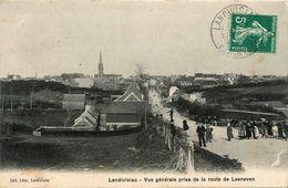 Landivisiau * Vue Générale Prise De La Route De Lesneven - Landivisiau
