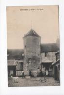 CPA -  Asnières-sur-Oise  -  La Tour  ( Chèvres , Chèvre ) - Asnières-sur-Oise