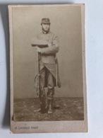 Cdv Militair Uniform Infanterie Complete Gewehr Bajonet Photo Lavaud Phot Paris Period 1857-1878 Guerre 1870? - Guerre, Militaire