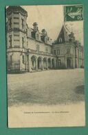 24 La Rochebeaucourt Chateau La Cour D' Honneur - Frankreich